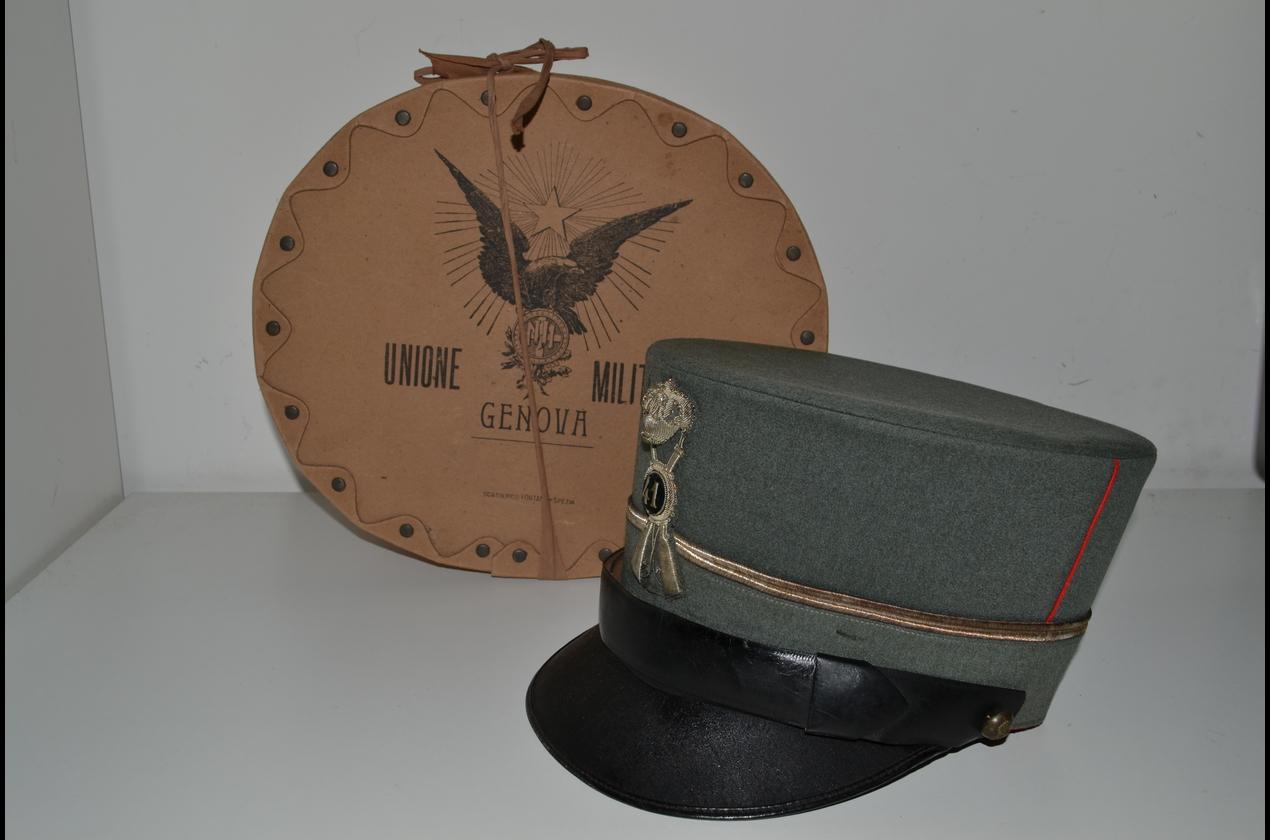 Copricapo-Berretti-Spectacular cap Italian officer of the