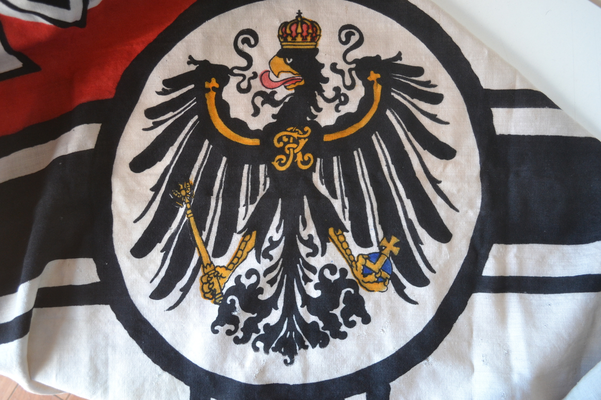 Bandiere------------The rare German flag of the imperial navy used
