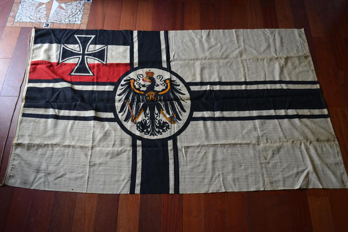 Bandiere splendida bandiera tedesca della for Bandiera di guerra italiana