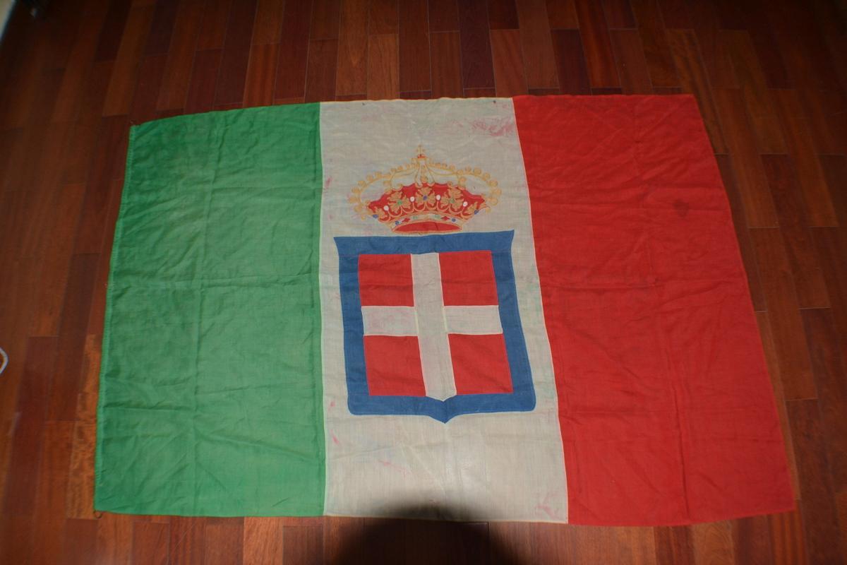 Bandiere splendida e rarissima bandiera da for Bandiera di guerra italiana