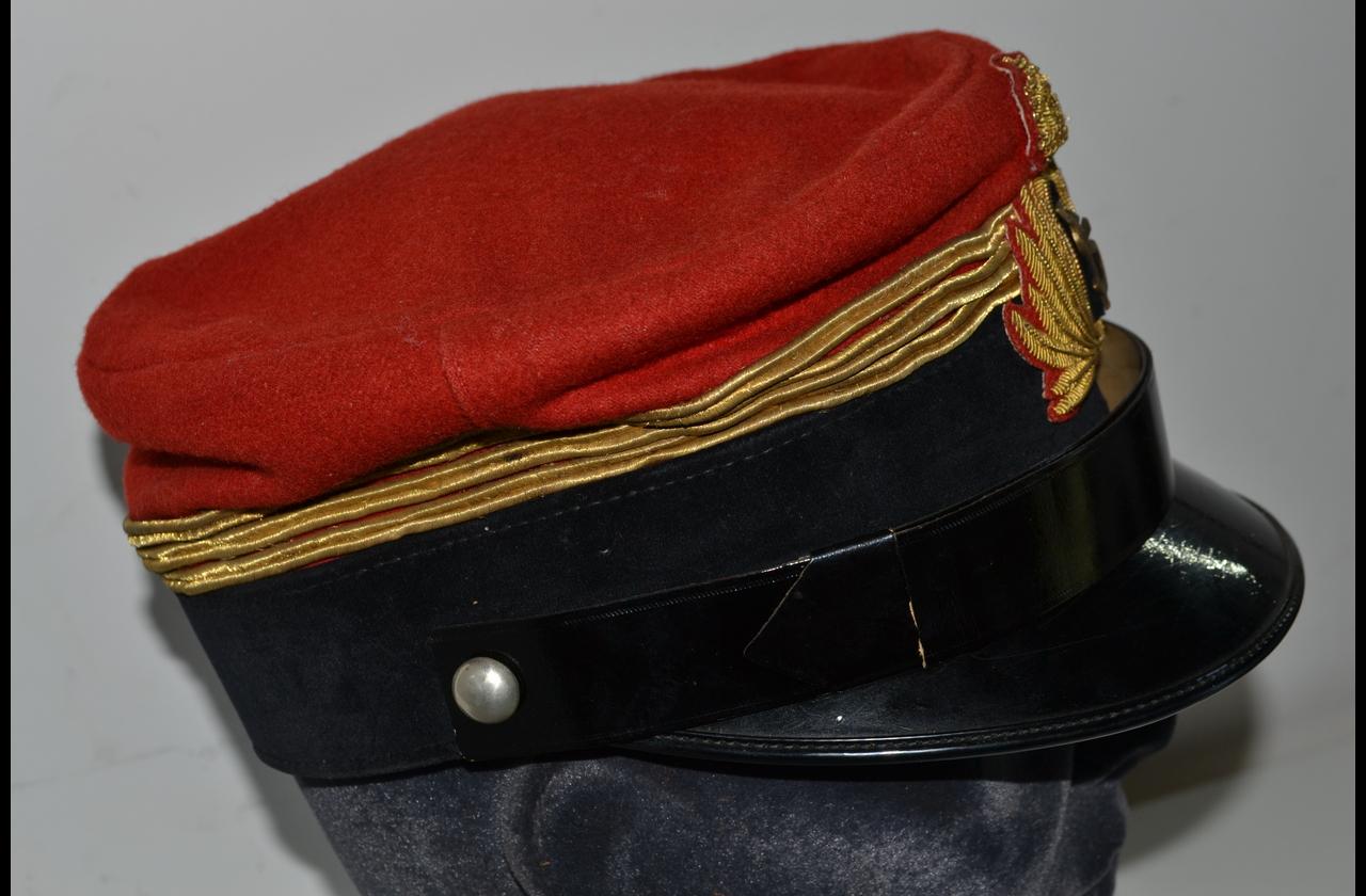 Splendido berretto italiano anni 20 30 da capostazione delle ferrovie dello  stato cod fs 8f126b775347