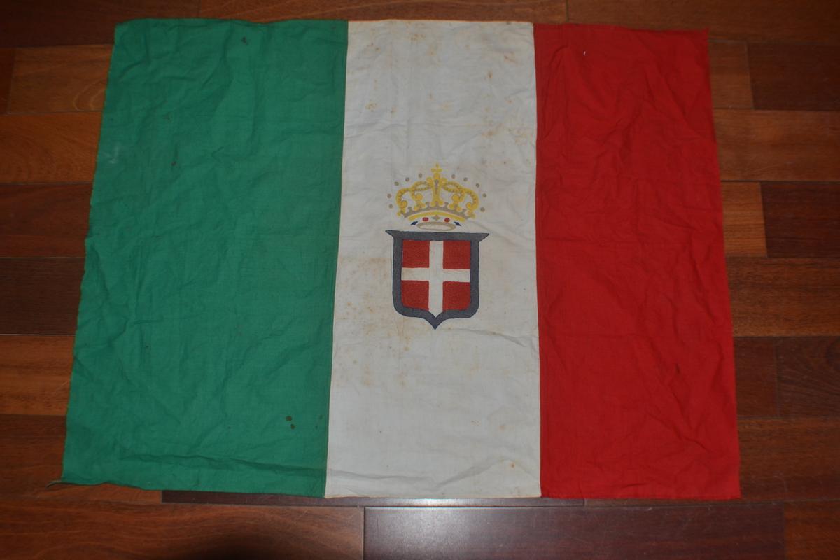 Bandiere rarissima bandiera militare for Bandiera di guerra italiana